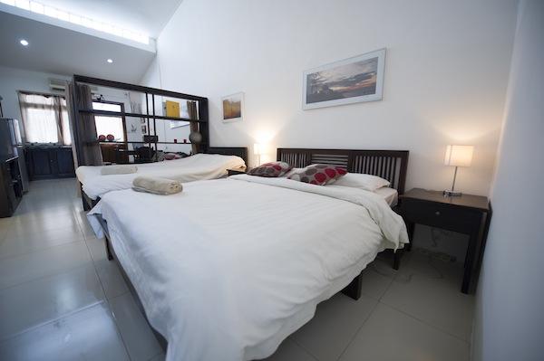 Studio Apartment Double & Single Bed