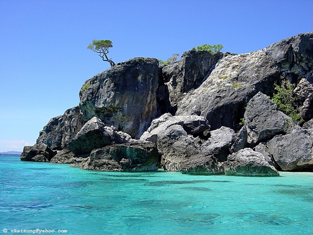 Ataouro Island and its pristine clear waters!